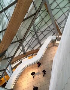 Visão interna da fundação Louis Vuitton vista do alto