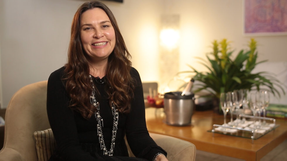 Dra. Luciana Lourenço fala sobre os tratamentos indicados para Flacidez no corpo e na face.